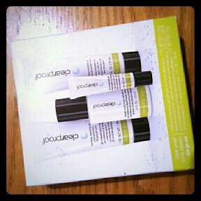Photo of Mary Kay Clear Proof Acne Treatment Gel uploaded by Phylesha C.