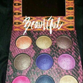 BH Cosmetics Wild at Heart Baked Eyeshadow Palette uploaded by Emelie G.