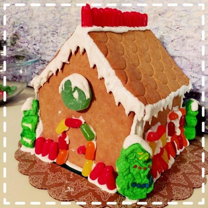Bee Wonka Gingerbread Cottage Kit uploaded by Kristine O.