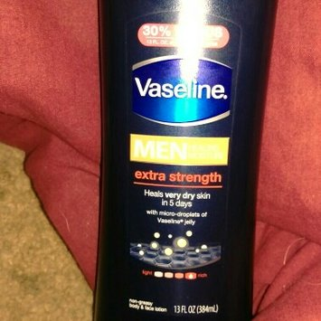 Vaseline Men Body & Face Extra Strength Lotion 13 Fl Oz Squeeze Bottle uploaded by Alan A.