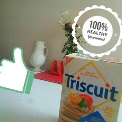 Nabisco® Triscuit Original Crackers uploaded by Dulce M.