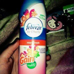 Febreze Air Refresher uploaded by Jazmine N.