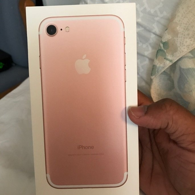 Apple iPhone 7 uploaded by Travis S.