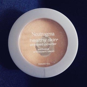 Neutrogena Healthy Skin Pressed Powder uploaded by Allie M.