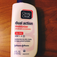 Clean & Clear Dual Action Moisturizer uploaded by Nhung N.
