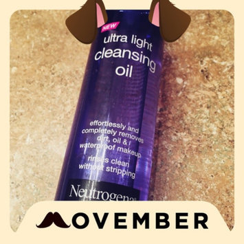 Photo of Neutrogena® Ultra Light Cleansing Oil uploaded by Tomecia M.