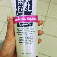 John Frieda® Frizz-Ease Smooth Start Shampoo uploaded by Paola T.