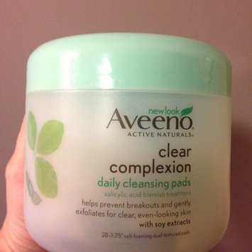 Aveeno Clear Complexion Daily Cleansing Pads uploaded by Dawn C.