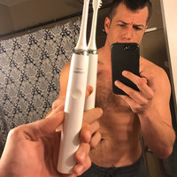 Philips Sonicare DiamondClean Rechargeable Toothbrush uploaded by James D.