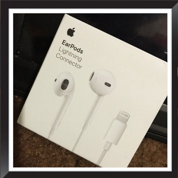 Photo of Apple Beats Solo3 Bluetooth On-Ear Headphones with Mic Control - Rose G uploaded by Henk M.