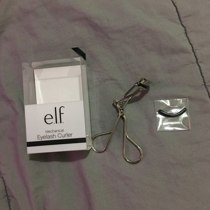 e.l.f. Mechanical Eyelash Curler uploaded by Cristy T.