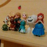 Hasbro Disney Frozen Little Kingdom Arendelle Treat Shoppe uploaded by carly k.