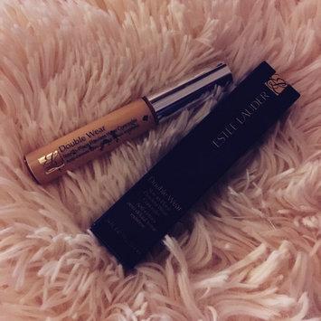 Photo of Estée Lauder Double Wear Stay-in-Place Flawless Wear Concealer uploaded by Mae M.