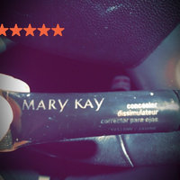 Mary Kay Concealer Ivory 1 uploaded by Alicia P.