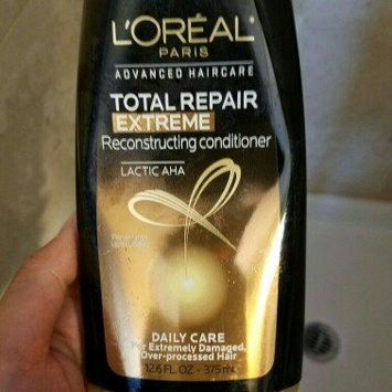 Photo of L'Oréal Paris Advanced Haircare Total Repair 5 Extreme Reconstructing uploaded by Janna D.