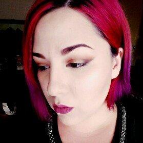 Photo of Estée Lauder Double Wear Stay-in-Place Powder Makeup uploaded by Megan O.