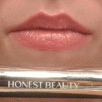 Honest Beauty Truly Kissable Lip Crayon uploaded by Alice S.