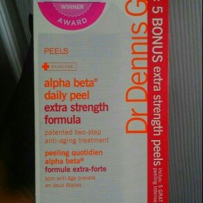 Photo of Dr. Dennis Gross Skincare Alpha Beta® Extra Strength Daily Peel uploaded by Karina N.