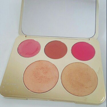 BECCA x Jaclyn Hill Champagne Collection Face Palette uploaded by Kira N.