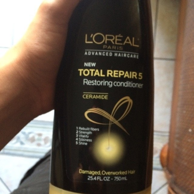 L'Oréal Advanced Haircare Total Repair 5 Restoring Conditioner uploaded by lucia T.