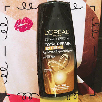 Photo of L'Oréal Paris Advanced Haircare Total Repair 5 Extreme Reconstructing uploaded by Elizabeth S.