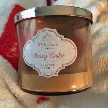 Photo of Bath & Body Works Merry Cookie Candle 3 Wick 14.5 Oz 2014 White Barn uploaded by Deseray B.