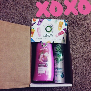 Photo of Herbal Essences Blowout Smooth Shampoo uploaded by Gwendolyn J.