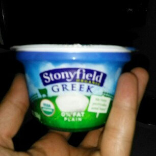 Stonyfield Organic Oikos 0% Fat Plain Greek Nonfat Yogurt uploaded by Rania Z.