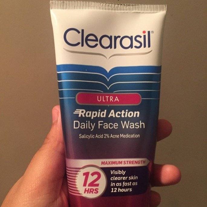 Clearasil Ultra Daily Face Wash Acne Medication uploaded by Yamileth M.