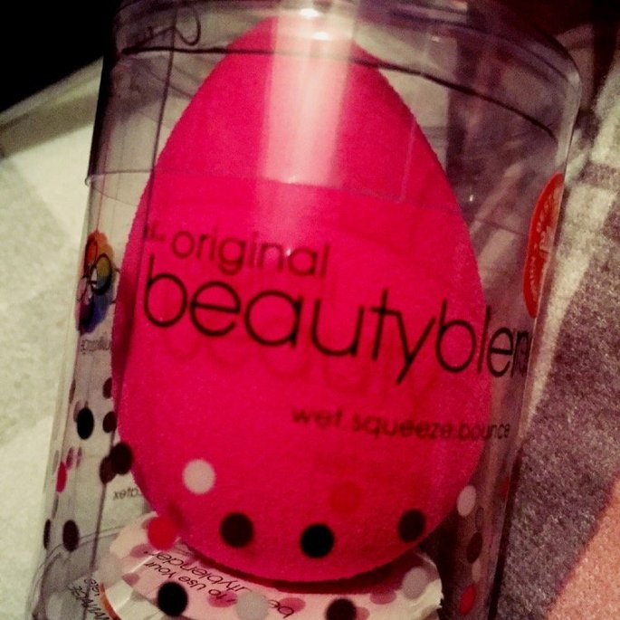 beautyblender Makeup Sponge Applicator Duo & Cleanser uploaded by Angela P.