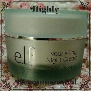 Photo of e.l.f. Skincare Nourishing Night Cream uploaded by María de las Mercedes A.