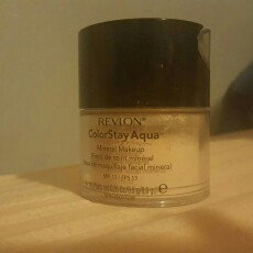 Photo of Revlon Colorstay Aqua Mineral Makeup uploaded by Jaquelin E.