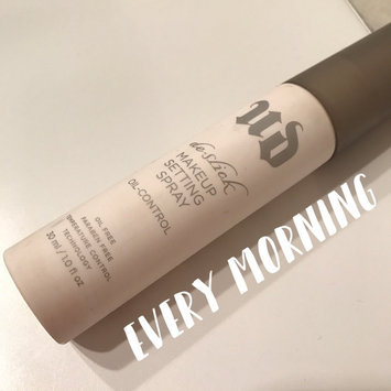 Urban Decay De-Slick Oil Control Makeup Setting Spray uploaded by Jesseth L.