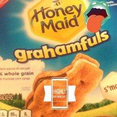 Photo of Nabisco Honey Maid Grahamfuls S'mores uploaded by Vicky B.