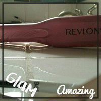 Revlon Smoothstay Titanium Straightener uploaded by Raylee M.