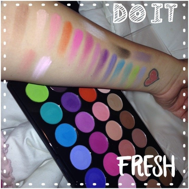 Modern Mattes - 28 Color Eyeshadow Palette uploaded by Dawn H.