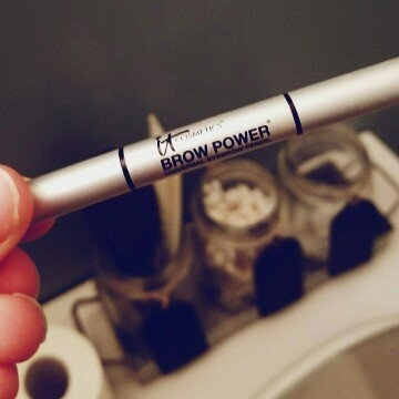 It Cosmetics Brow Power Universal Eyebrow Pencil Mini uploaded by Laura D.