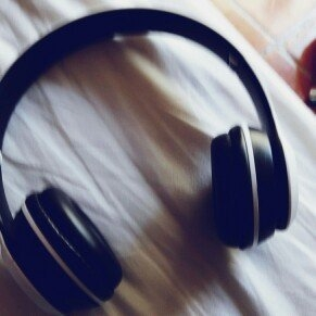 BEATS by Dr. Dre Beats by Dre Mixr Headphones - Neon Pink uploaded by Ana D.