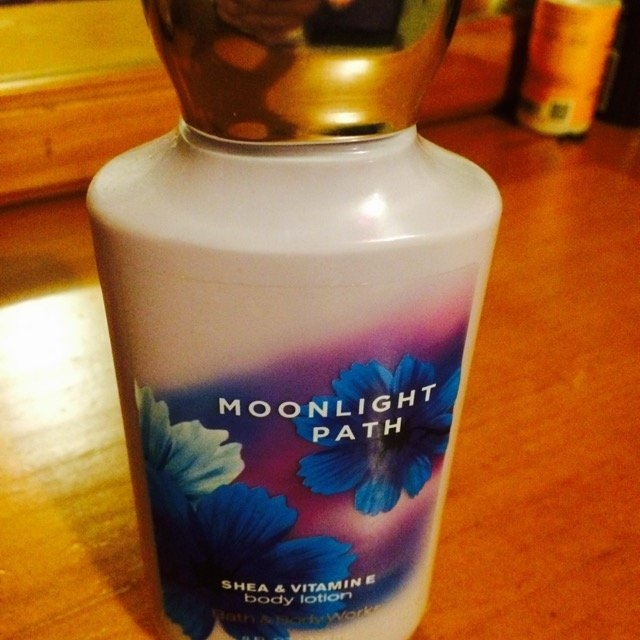 Bath & Body Works Moonlight Path Body Lotion uploaded by Vanessa R.