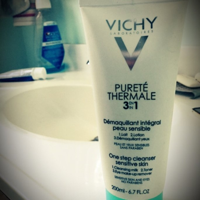 Vichy Laboratoires Purete Thermale One Step Cleanser 3 in 1 uploaded by Audrey D.