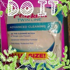 Photo of REACH® cleanpaste™ Icy Mint Woven Floss uploaded by Angela R.