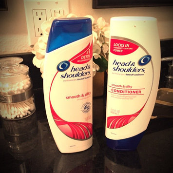 Photo of Head & Shoulders Smooth & Silky 2-in-1 Anti-Dandruff Shampoo + Conditioner uploaded by Heather W.
