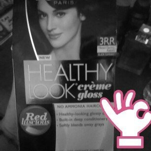 L'Oréal Healthy Look Cr?me Gloss Color uploaded by Maria G.