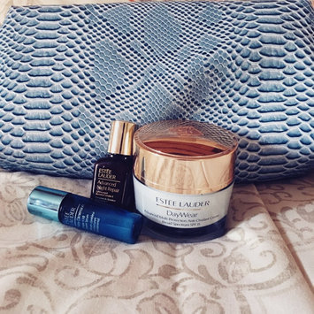 Photo of Estée Lauder NightWear Plus Anti-Oxidant Night Detox Creme uploaded by Yairis C.
