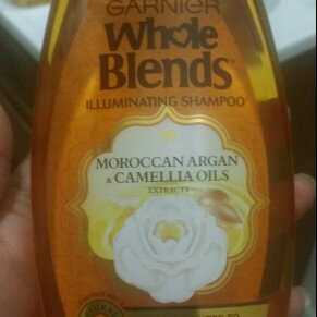 Photo of Garnier Whole Blends®  Illuminating Shampoo with Moroccan Argan and Camellia Oils Extracts uploaded by Diana D.