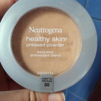 Neutrogena Healthy Skin Pressed Powder uploaded by Ana M.