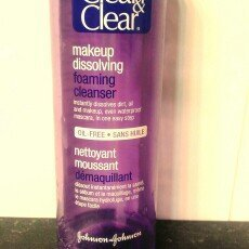 Clean & Clear Makeup Dissolving Foaming Cleanser, Oil-Free 6 fl oz (177 ml) uploaded by Stephanie H.