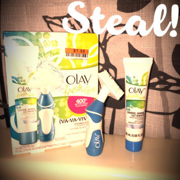 Photo of Olay Fresh Effects Va-Va-Vivid Powered Contour Cleansing System uploaded by Danielle S.