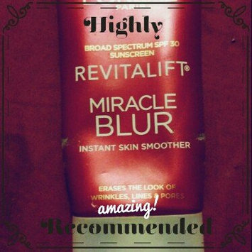 Photo of Revitalift L'Oréal Paris Miracle Blur Oil Free Instant Skin Smoother uploaded by Courtney K.