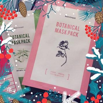 BONVIVANT Rose Botanical Mask Pack uploaded by Kimberly W.